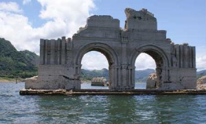 16th c. Convent of Santiago emerges from the waters