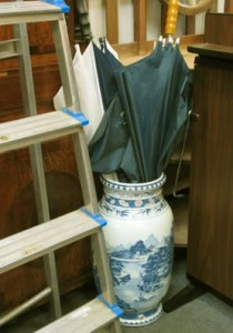 800,000 Chinese porcelain umbrella stand
