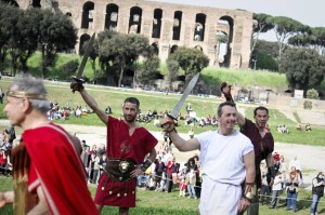 Modern-day Horatii and Curatii celebrate Rome's birthday