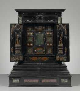 Augsburg collector's cabinet, ca 1630