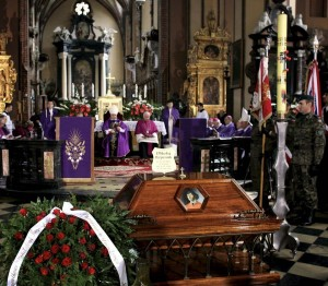 Copernicus reburied under altar of Frombork Cathedral