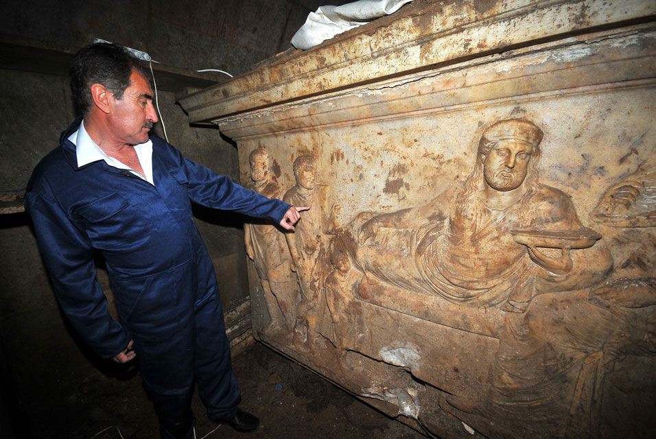 Turkish Culture Minister Ertugrul Gunay inspects King Hekatomnus' sarcophagus