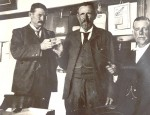 Cullinan rough diamond, Thomas Cullinan holding it on the left
