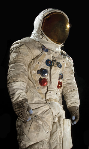 The History Blog » Blog Archive » Early NASA space suits ...
