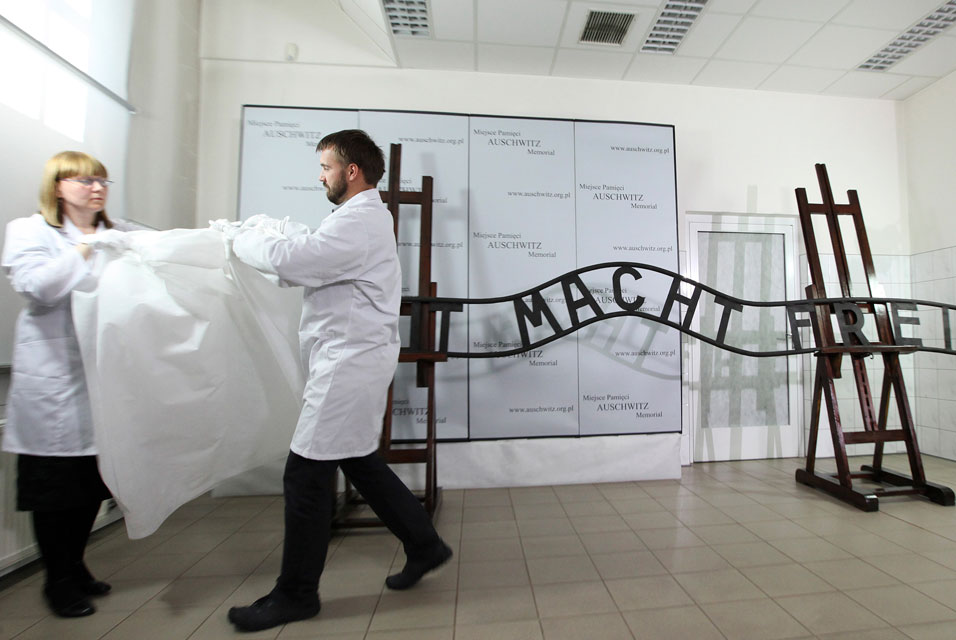 "Restorers unveiled repaired ""Arebit Macht Frei"" sign in the museum laboratory"