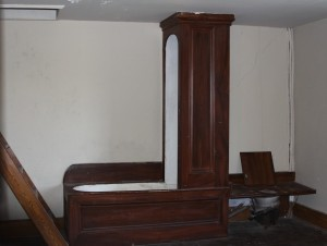 Dunleith bathtub, shower and commode unit