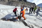 Experts recover the propeller from the glacier