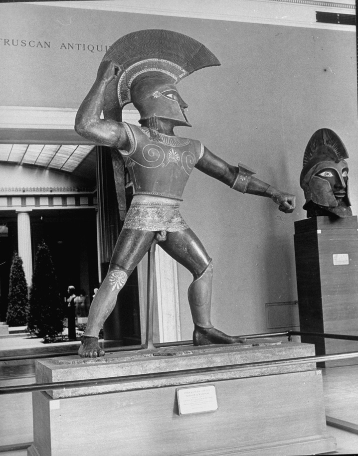 Fake Etruscan colossus and head on display at the Met