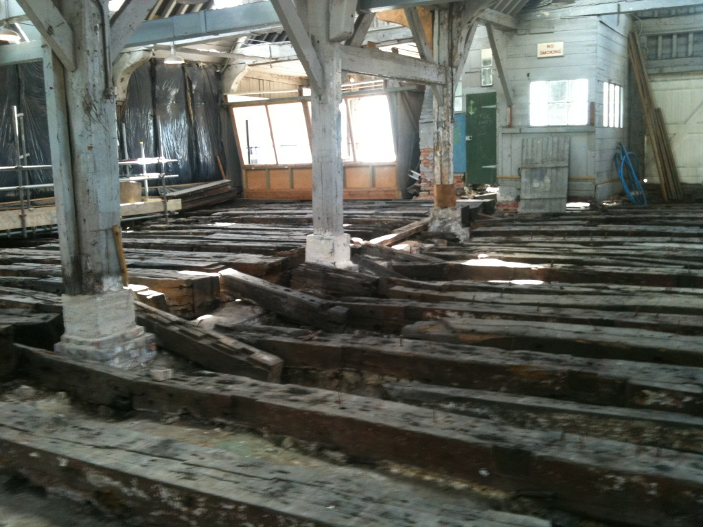 The history blog blog archive 18th c warship used in for Center carrelage namur