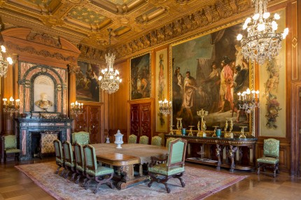 The Elms dining room restored to its 1901 glory