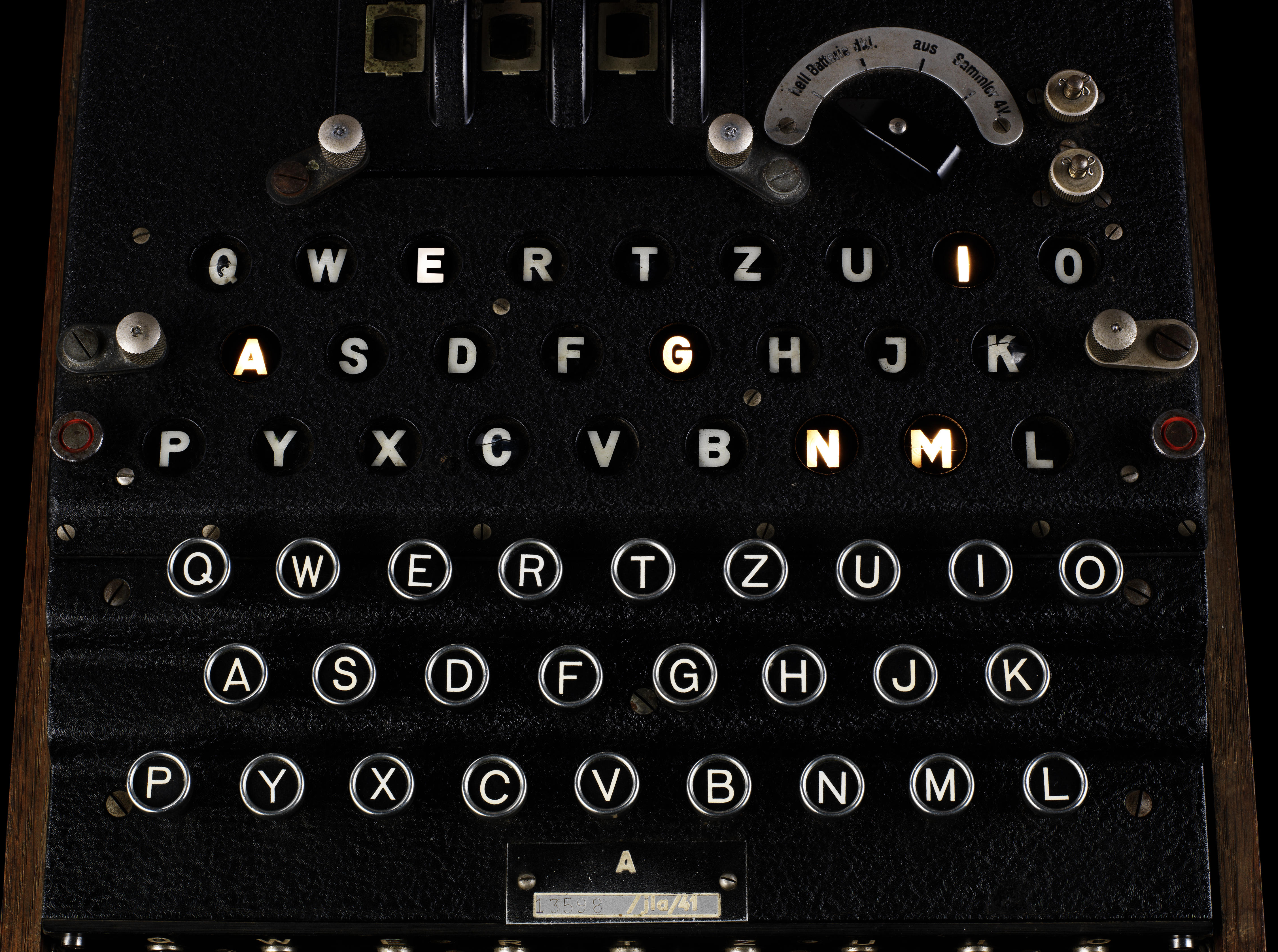 An Enigma machine worth coveting | historical tales