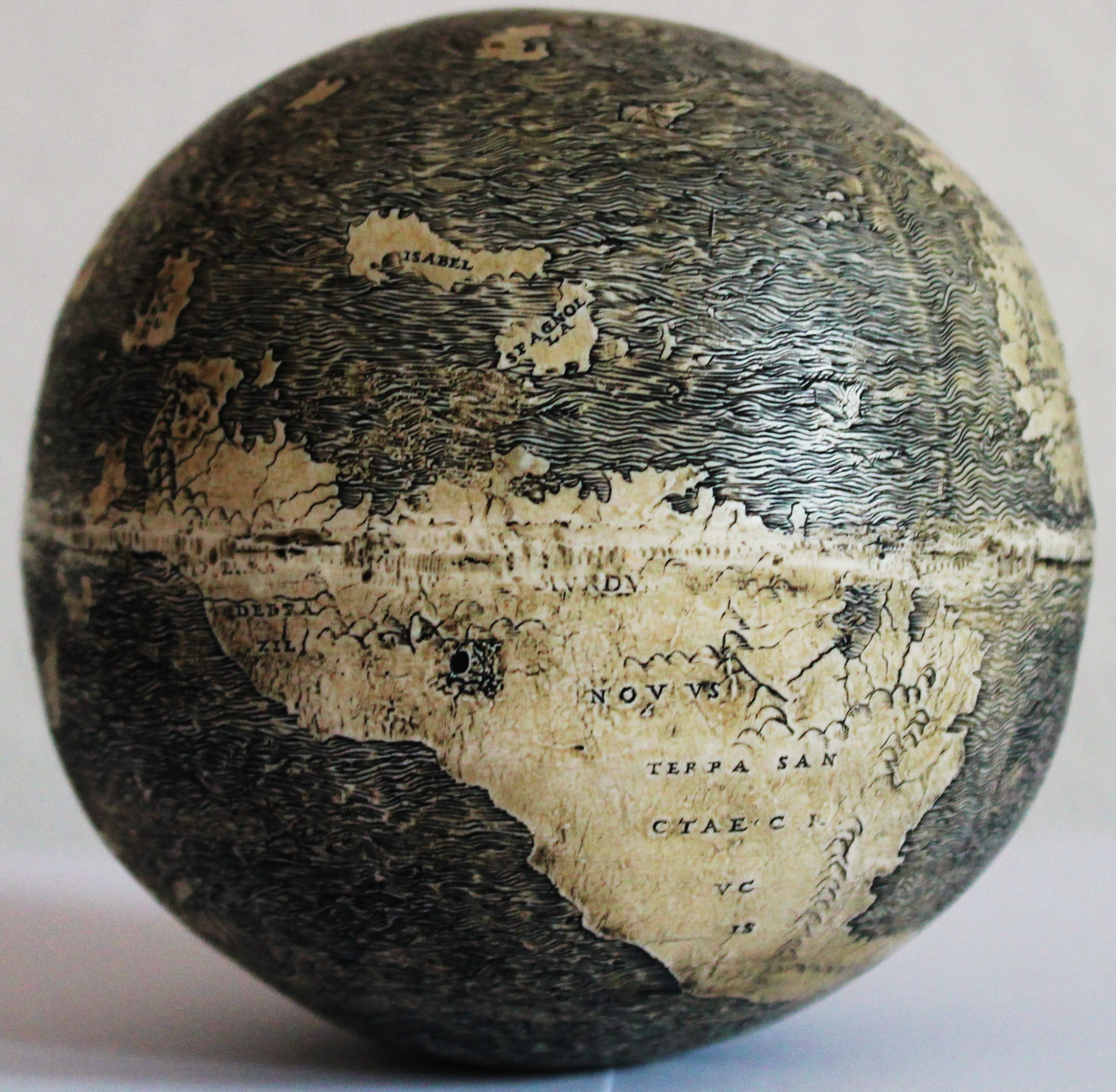 The history blog blog archive ostrich egg globe may be oldest the new world on the ostrich egg globe which bears three names terra de brazil mvndvs novvs and terra sanctae crvcis photo washington map gumiabroncs Images