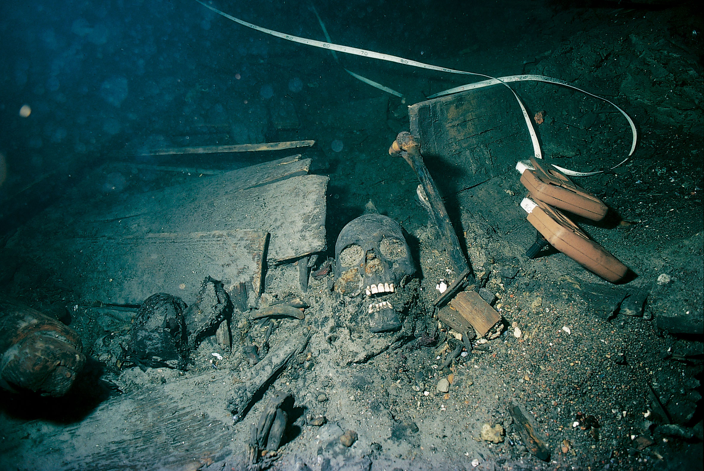 Uss Arizona Human Remains Titanic Underwater Hum...