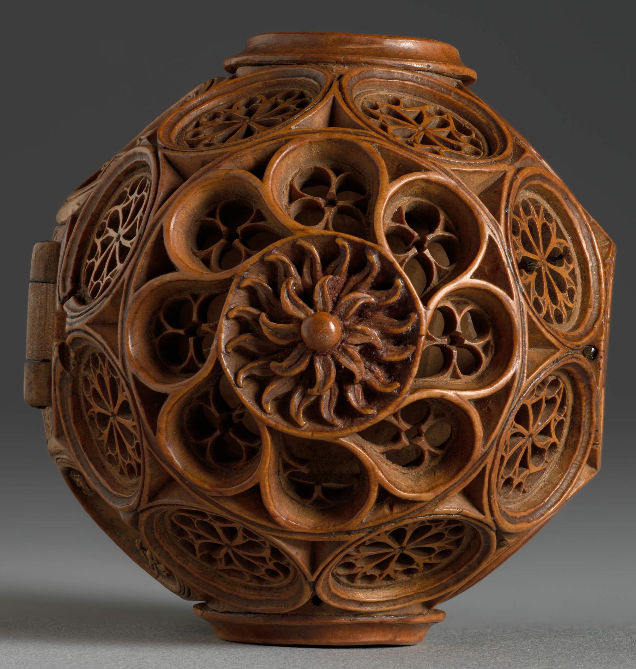 16th Century Miniature Boxwood