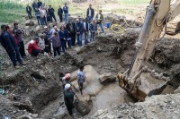 Quartzite colossus unearthed in Cairo. Photo by Ibrahim Ramadan, Anadolu Agency.