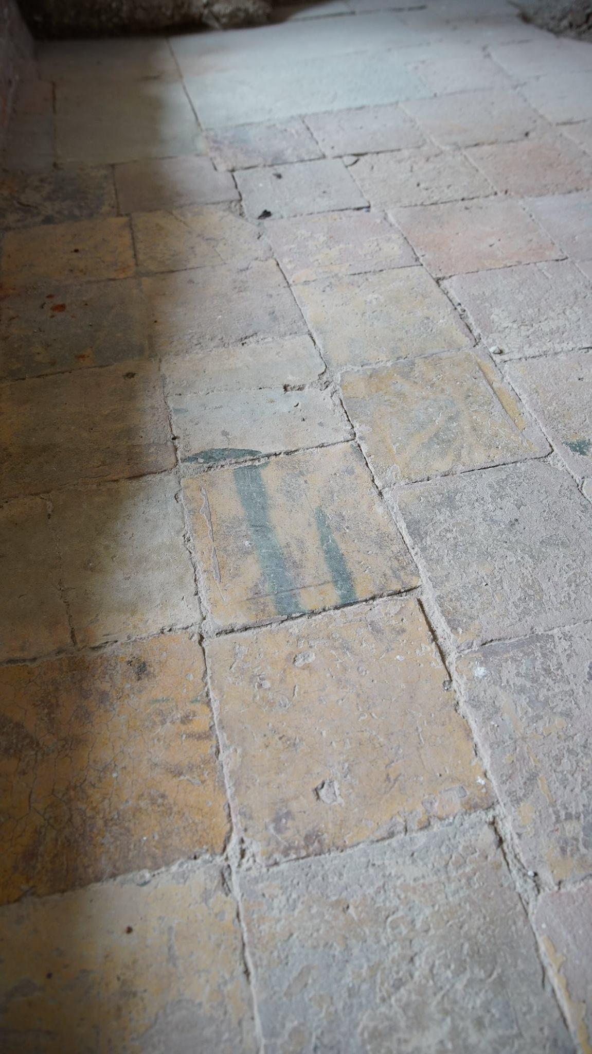 The History Blog » Blog Archive » Tudor palace remains found under ...