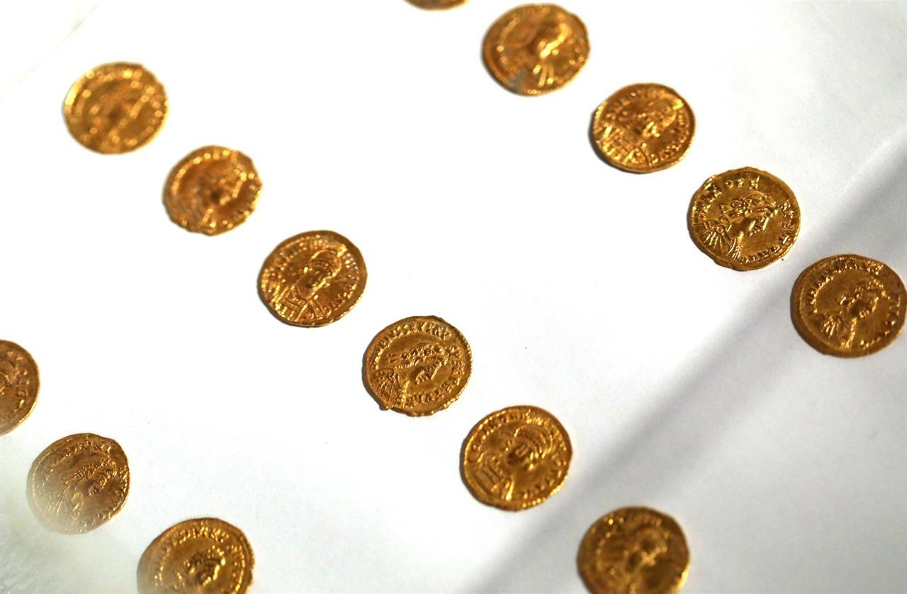 Roman Gold Coins