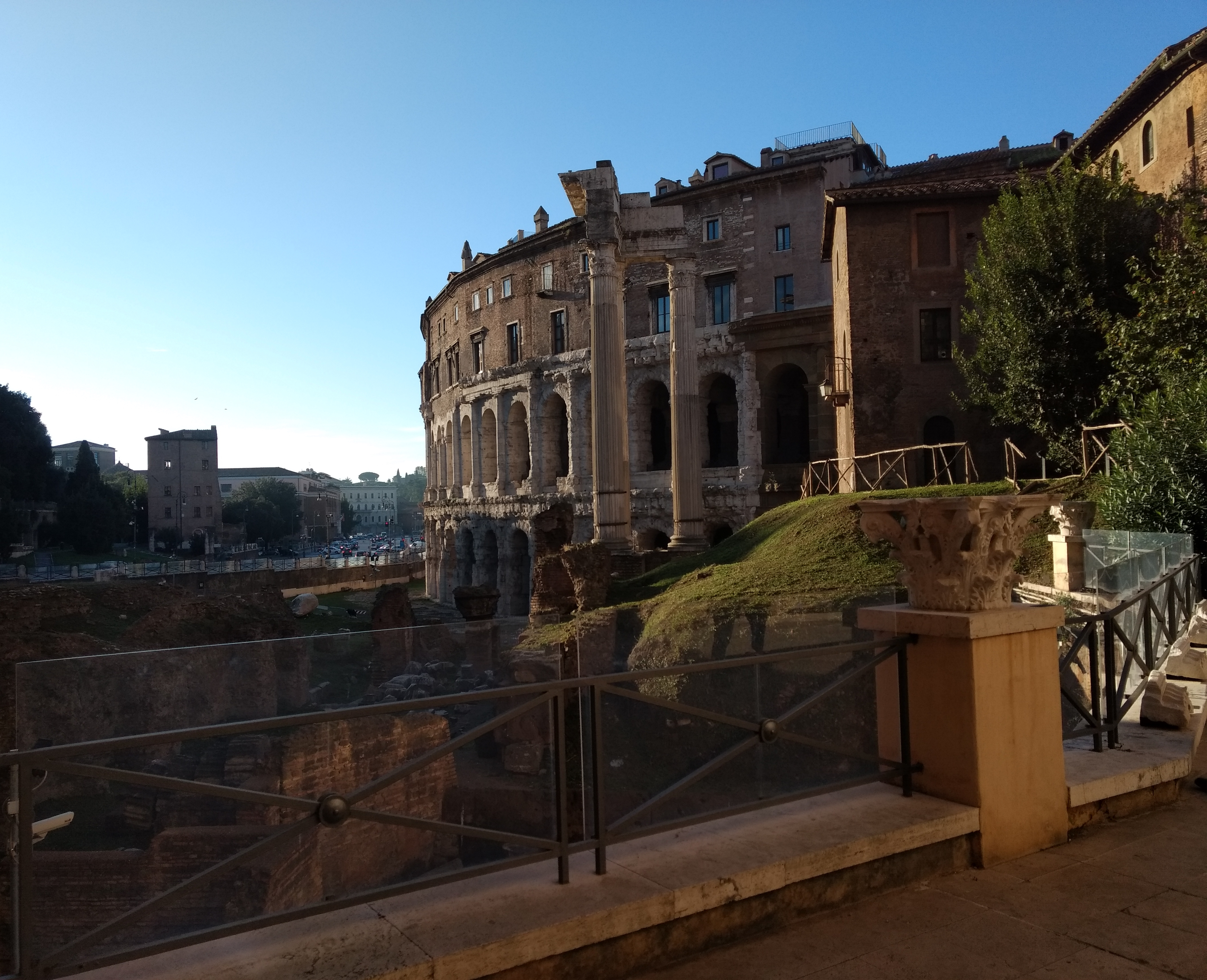 The history blog roma caput mundi for Day office roma