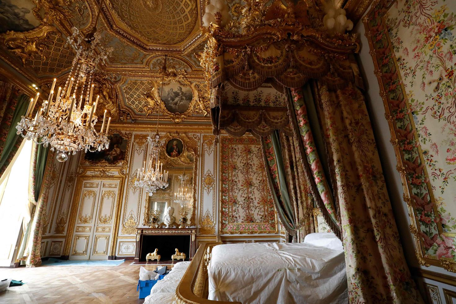 Excellent The History Blog Blog Archive Marie Antoinettes Rooms Interior Design Ideas Apansoteloinfo